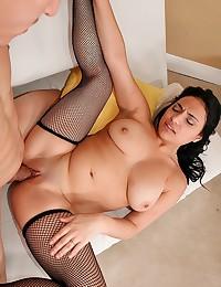 Rikki Looks Sexy In Black Lingerie