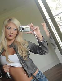 Sexy blonde GF loves big dick