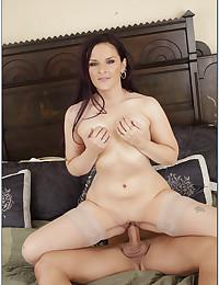Curvy stockings slut bedroom fuck