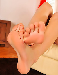 Foot fetish with Euro cutie