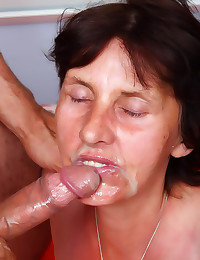 Super old slut fucked hard