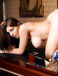 Hot big naturals on brunette