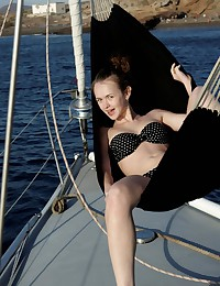 Fedorov HD model bares it all on a boat.