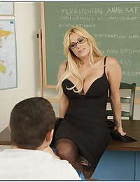 Explicit Tutorial Lesson With Naughty Teacher