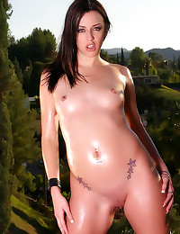 Smooth schoolgirl squirts dur...
