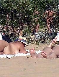 Fem nudists at nude beach