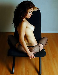 Extremely horny brunette in r...