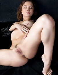 Hot and horny long legs girls pics