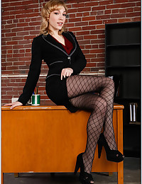 Naughty Office workers Get Horny