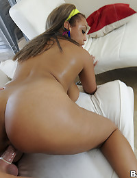 Voluptuous Beauty Monica Rides Fat Wang