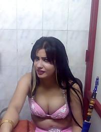 Arab Amateur Girls
