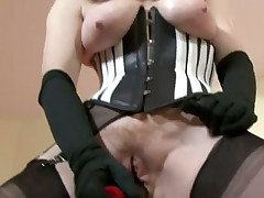 Red teasing in FF nylons