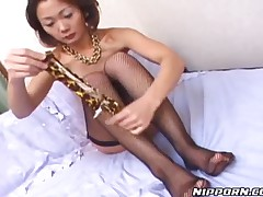 Mature Japanese Hooker Jilling Off