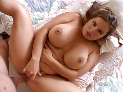 Hot Mom Gives Crazy Blowjob & Gets Fucked Madly