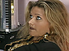 Straben flirts vol14 - Scene 04